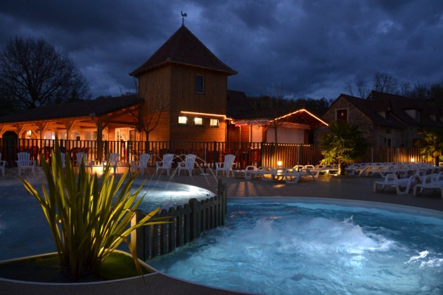 Padimadour piscine nuit